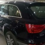 Audi Q7 back side image